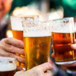 Czy piwo tuczy? Czy można je pić na diecie?